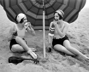 March 24th 1927 - Actresses Joan Crawford & Dorothy Sebastian